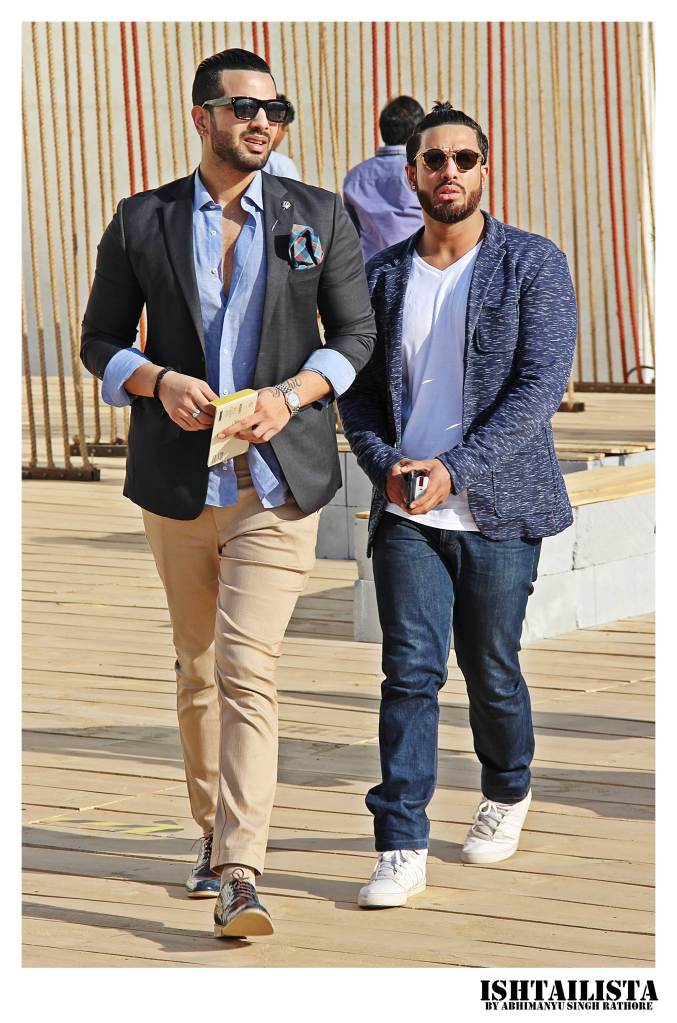 I love this image as it perfectly shows how to style a blazer in formal(man in left) and casual way (man, right).