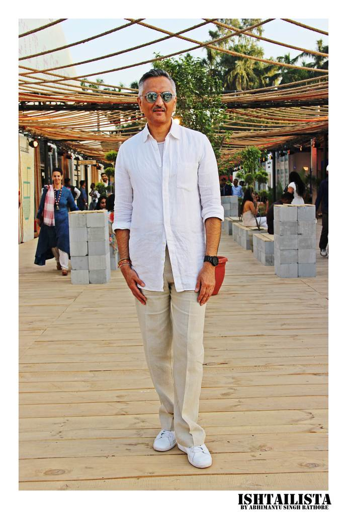 Rakesh Thakore, Fashion designer You never go wrong with the classics whether it's the crisp white shirt or the white sneakers.